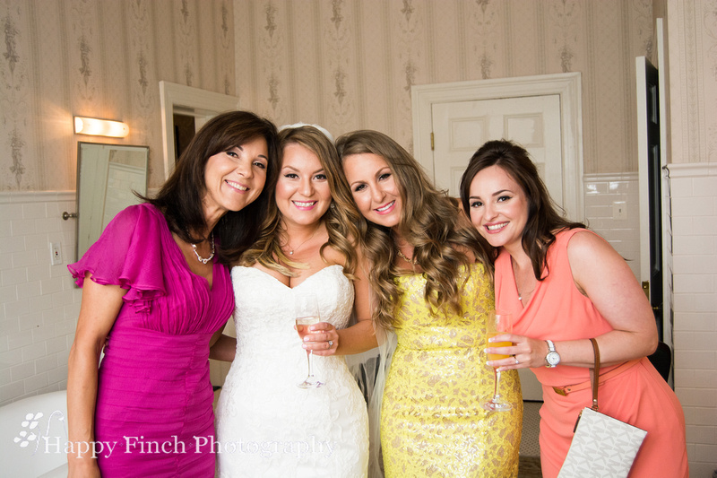 Happy Finch Photography Close Knit Family Wedding At